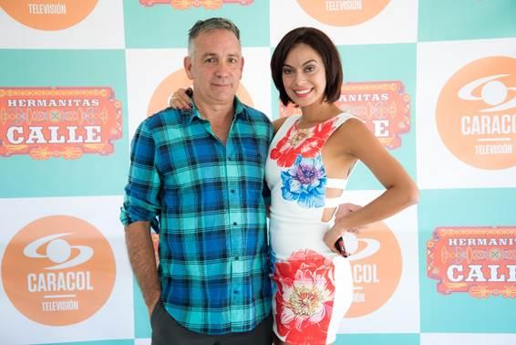 """Luis Alberto Restrepo """"Peto"""", Co Director de Hermanitas Calle, junto a la actriz Luz Estrada, quien interpretará a Sonia Monsalve."""