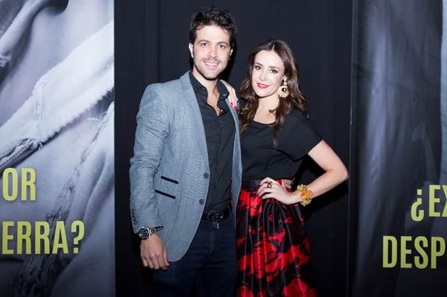 El artista caleño Juan Manuel Mendoza junto a la actriz bogotana Cristina Campuzano.
