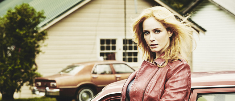 "Christina Hendricks protagoniza ""Hap and Leonard"" La nueva serie original de Sundance Channel"