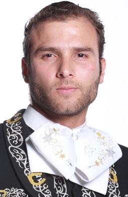 Carlos Fernandez es Peter Pinilla