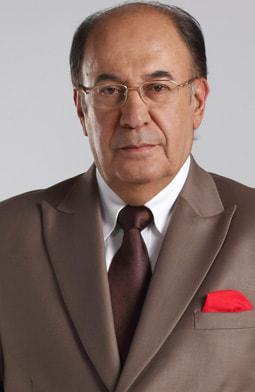 Luis Fernando Múnera es Efraín Córdoba.