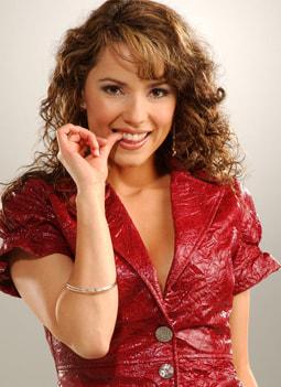 Valentina Rendón es FRANCISCA BERNALOER
