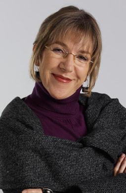 Constanza Duque es Mercedes de Córdoba.