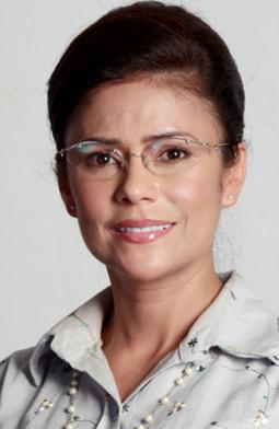Adriana Ricardo es Asuncion Cabrales
