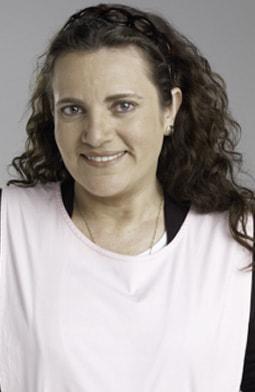 Luz Estela Luengas es Olga de Rueda.