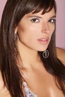 Margarita Reyes (Bogotá, 29 de agosto de 1986) es una actriz y modelo colombiana que ha participado en grandes telenovelas y series de su país de origen ... - ce4_margarita1