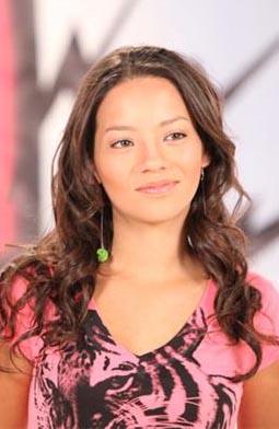 Natalia Reyes es Fabiana Medina
